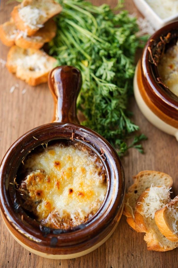 Comidas del mundo: un plato típico de Francia, sopa de cebolla