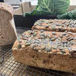 Pan de centeno y semillas con masa madre
